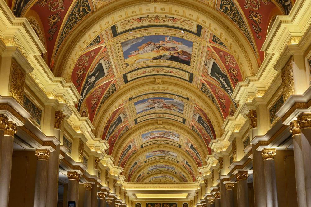 Venetian Ceiling by nailsoon_c
