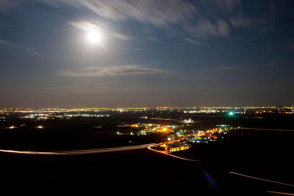 Moonrise by Majid