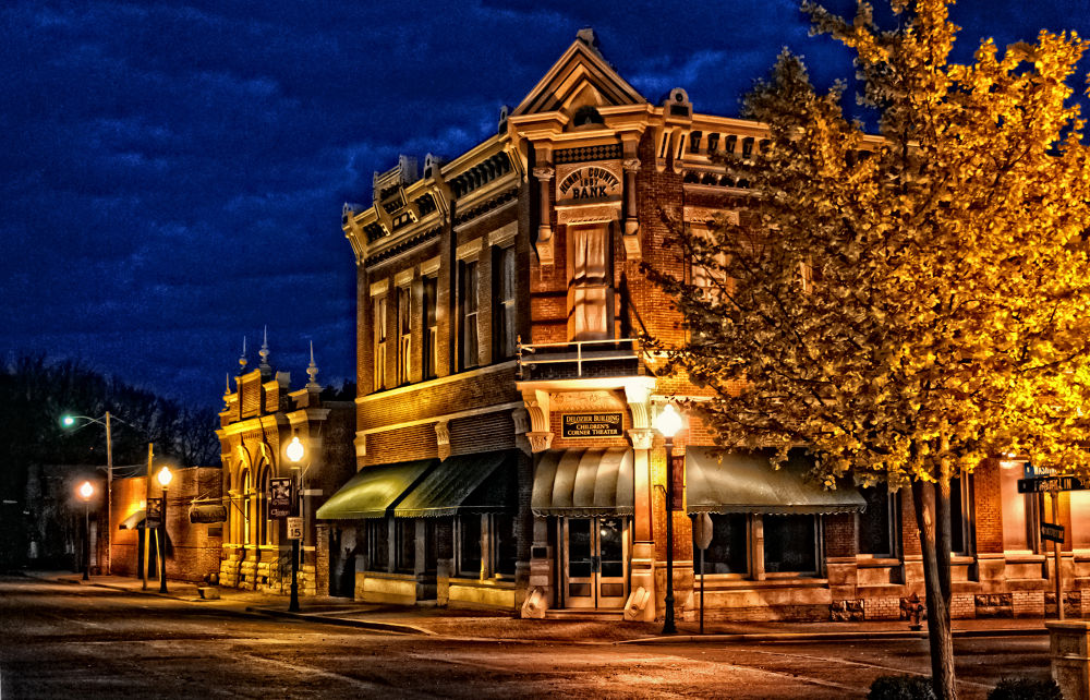 Midwest 1887 Bank Building by billgilmore1