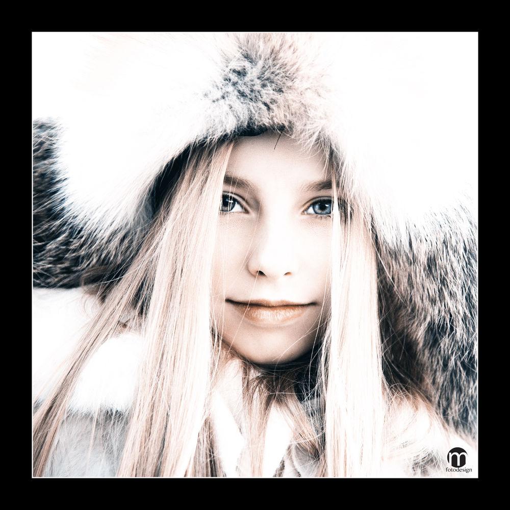 Fashion girl by tovelisemossestad