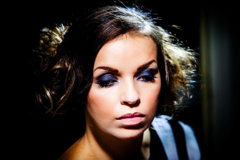 Photo in Random #girl #makeup #eyeshadow #purple #eyelashes #mascara #dark hair #fashion #dress