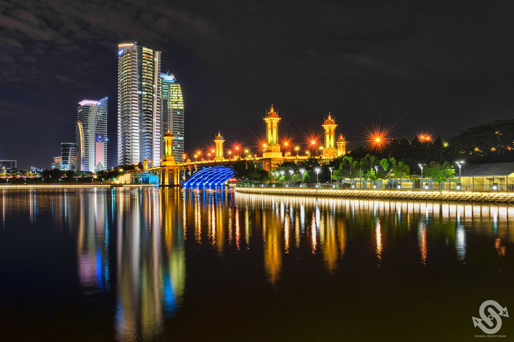 Seri Gemilang Bridge and Putrajaya Skyscrapers by ShamsulHidayatOmar