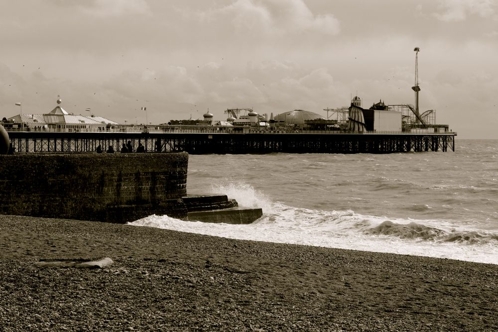 Brighton Pier by fjrahaman