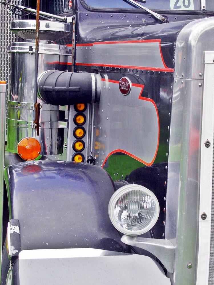 Truck by frankverhoeven1