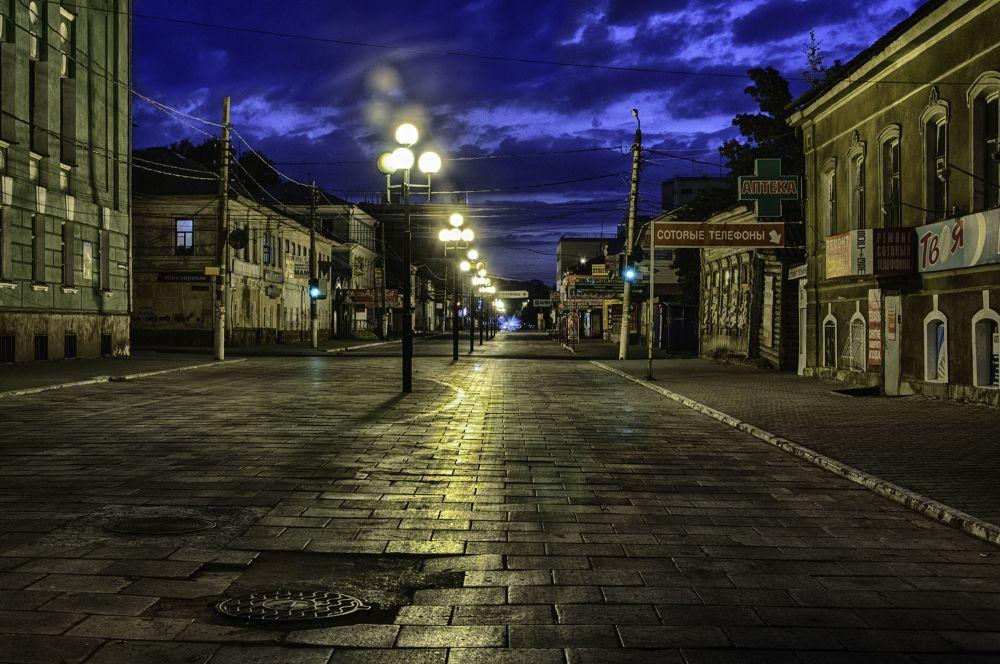 Evening Street by viterko