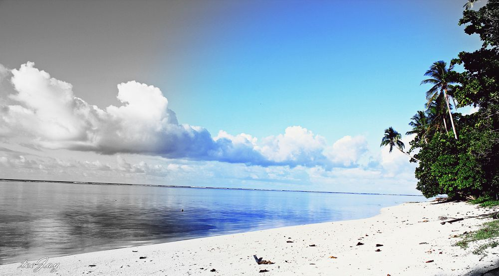 Kaselok Beach, Kavieng, New Ireland Province, Papua New Guinea by TeeJay Photography
