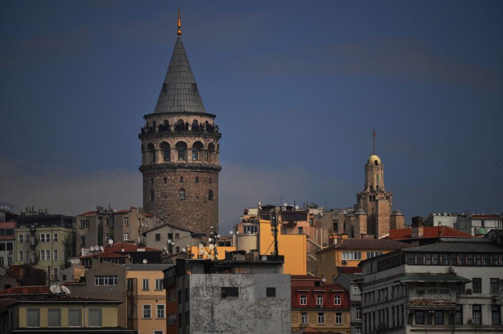 Galata Tower-İstanbul by AyseKarabulut