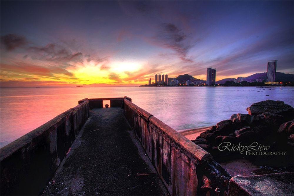 Shamrock Beach008_6_7 by RickyLiew