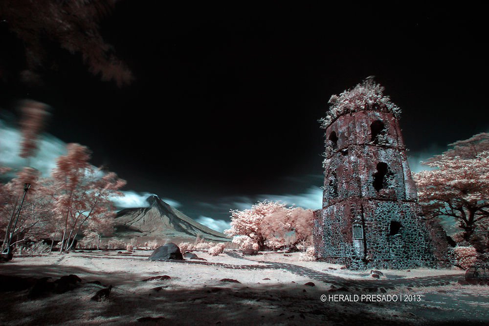 IR Cagsawa ruins by heraldpresado