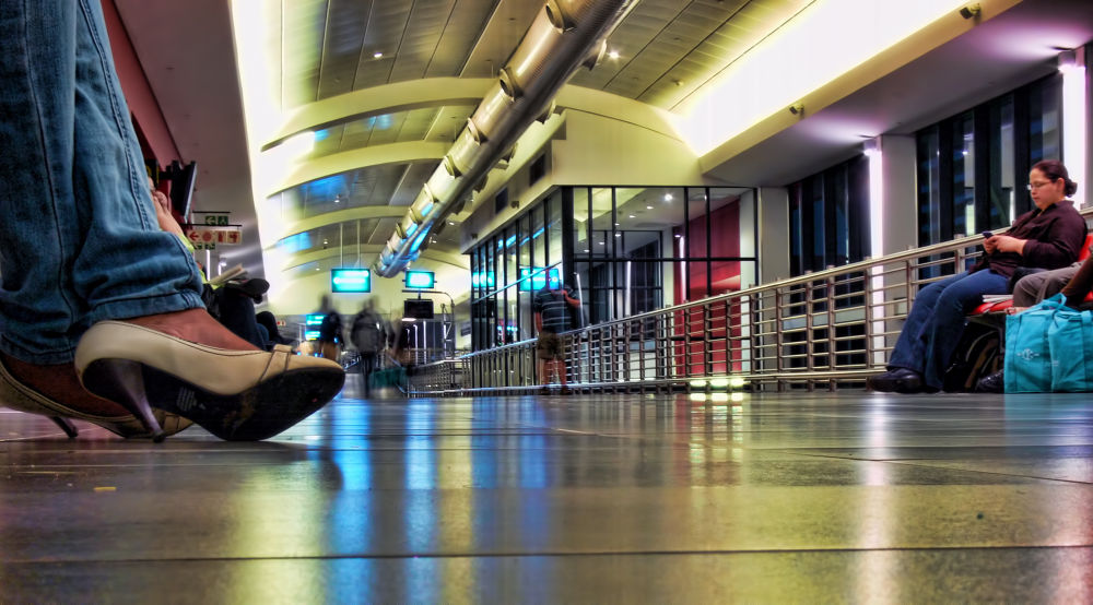 Waiting at the airport... by mervinpearce