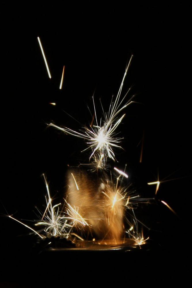 Micro fireworks by Pablo Passero