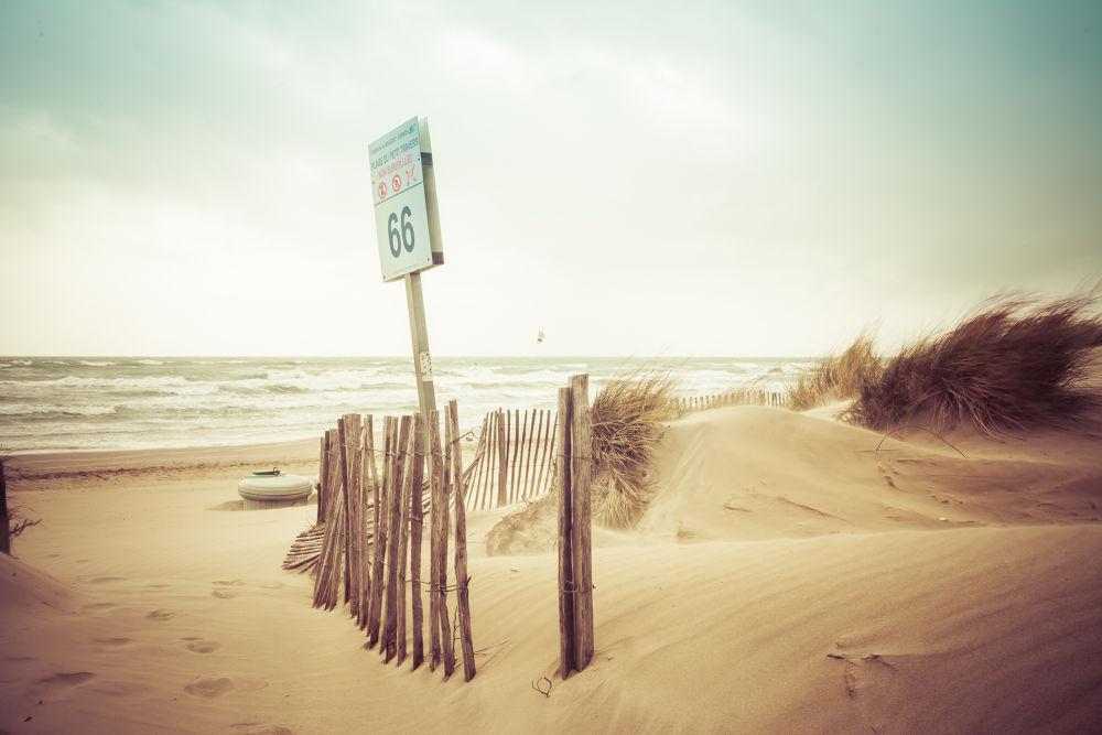 Beach 66 by gilbertwayenborgh