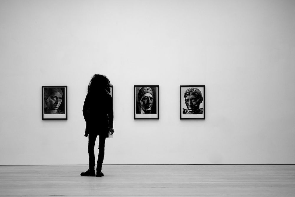Saatchi Gallery by Massimo Usai Photographer