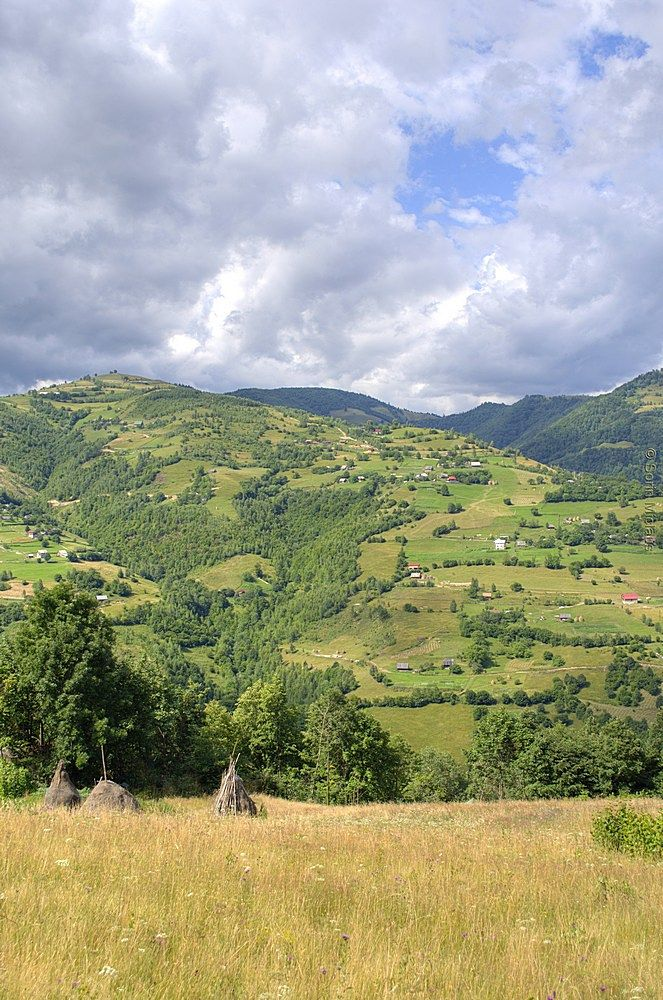 A View over the West Carpathians by smiclaus