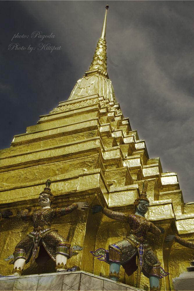 Pagoda.jpg by kittipatboonchim