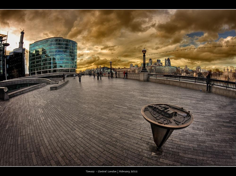 Photo in HDRI #london #londyn #england #hdri #hdr #dri #colours #colors #city #cityscape #capitol #fisheye #clouds #sky #chmury #paweltomaszewicz #pawelt #distortion