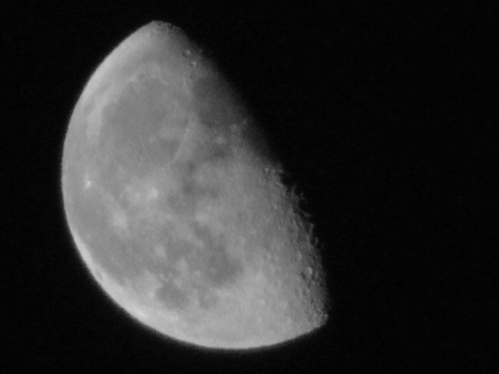 Luna Planetarum Stellarum No.5 Moon 11.03.25S1020013bw by Zayd_Depaor