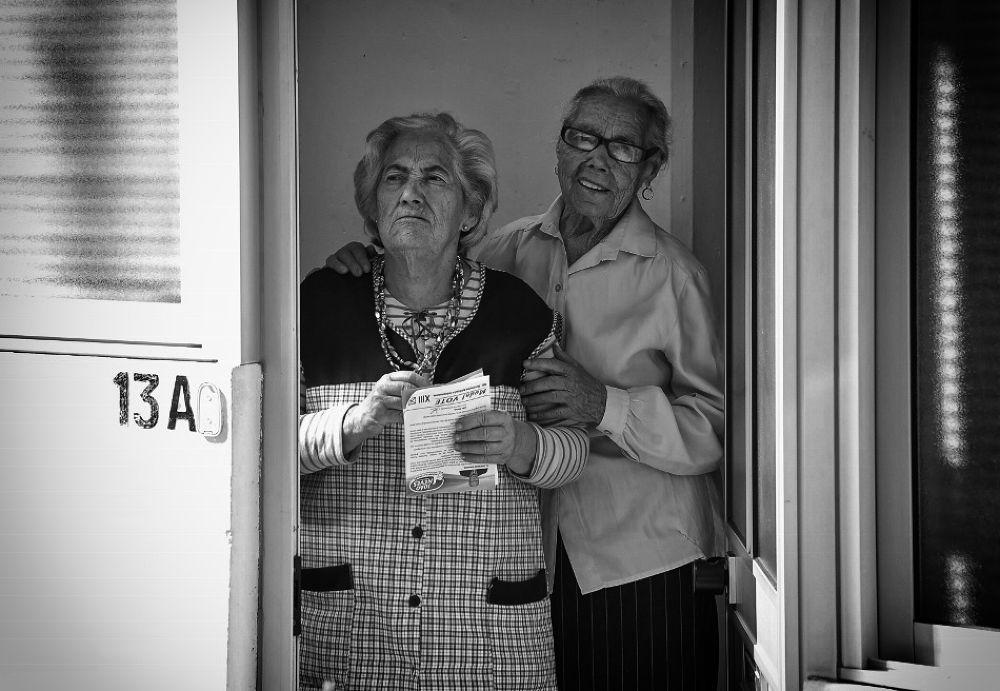 À porta by joaomadureiraii