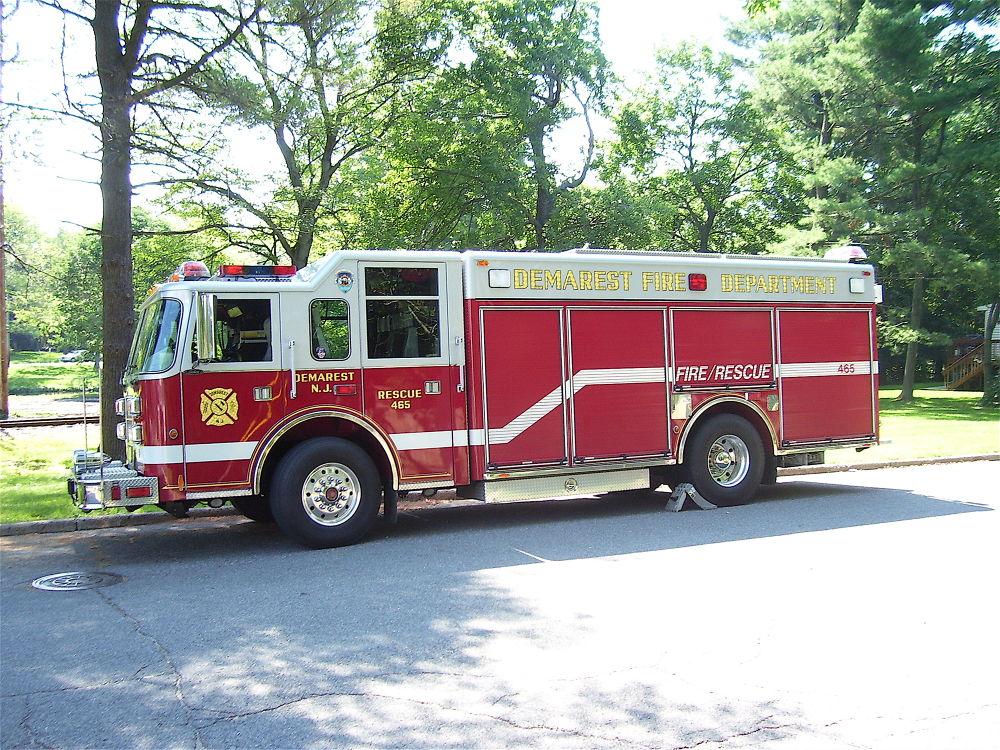 Demarest N.J. U.S.A.  Heavy Rescue Co.465 by ChrisDenton