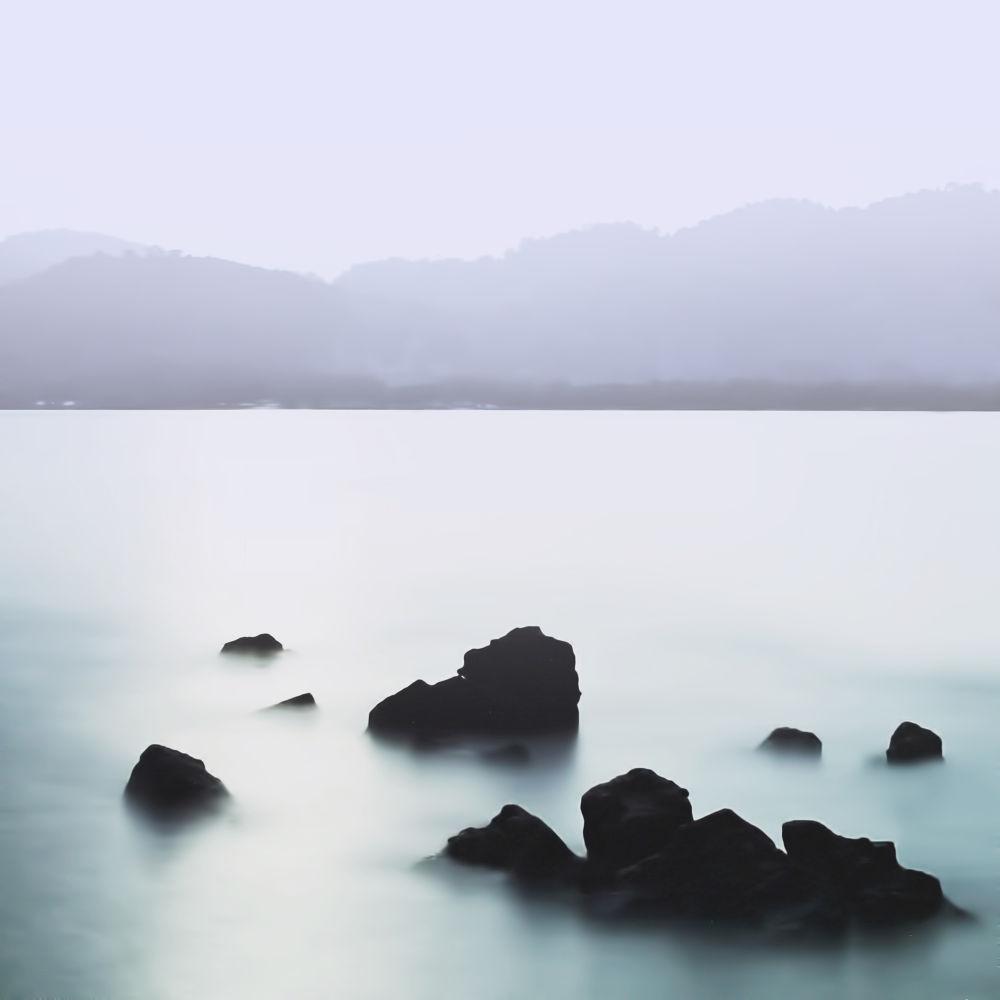 静。 by adamliew