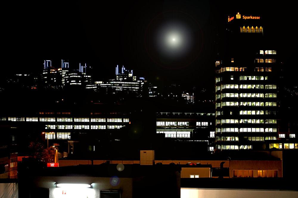 Nacht-Leuchten by Jürgen Cordt