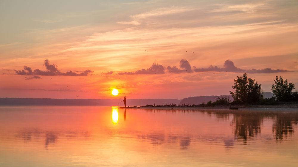 Sunrise by RenatasKripas