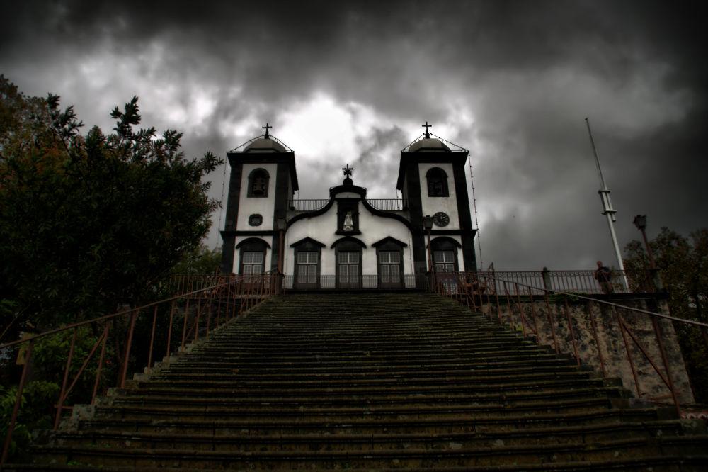 Church by Joaquim Gaspar