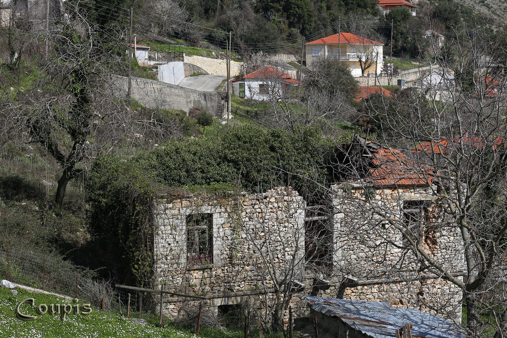 old house by George Thanasis
