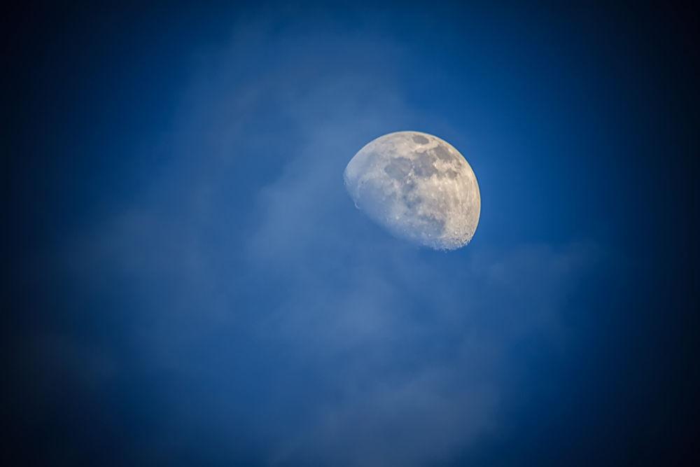 Manilva Moon by jbenyunes