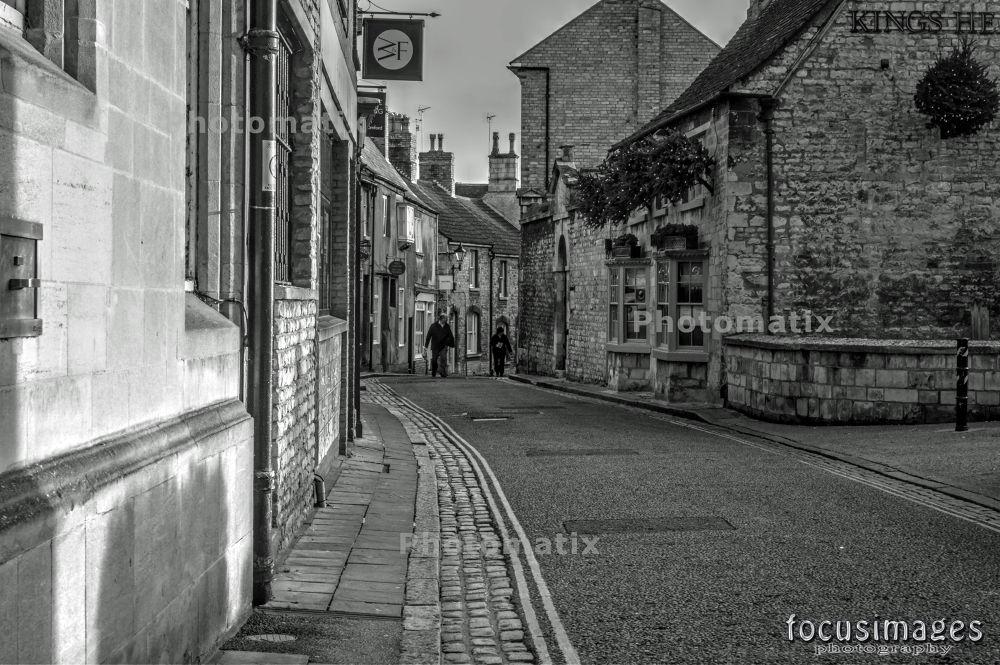 Kings Head Pub  by grahambrown18