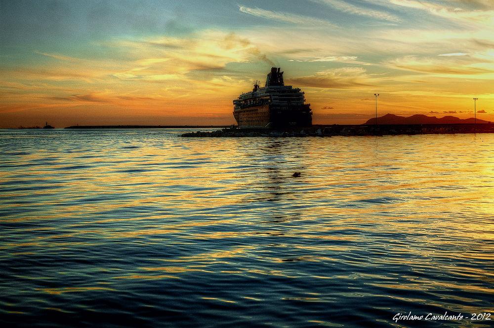 sea cruise at sunset by GiroPhoto - Girolamo Cavalcante