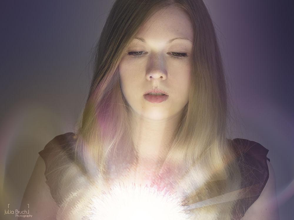 Photo in Portrait #fotomontage #energy ball #light #portrait