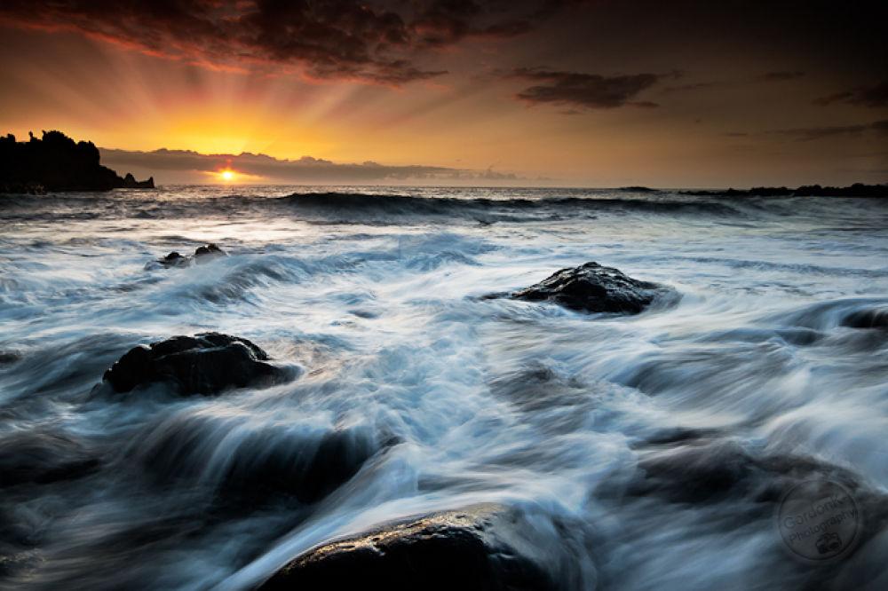 Tenerife Sunbeam by gordonkphotography