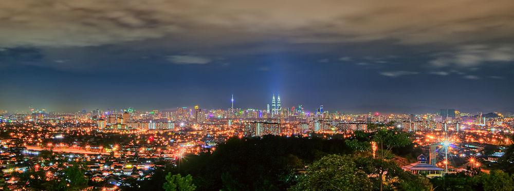 Kuala Lumpur Night View by Shahrir Nawawi