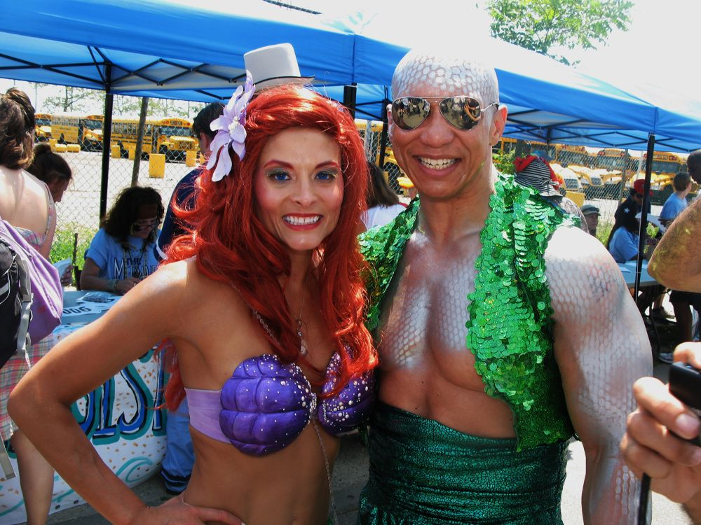 IMG_5340.JPG mermaid parade by stanleyraffes