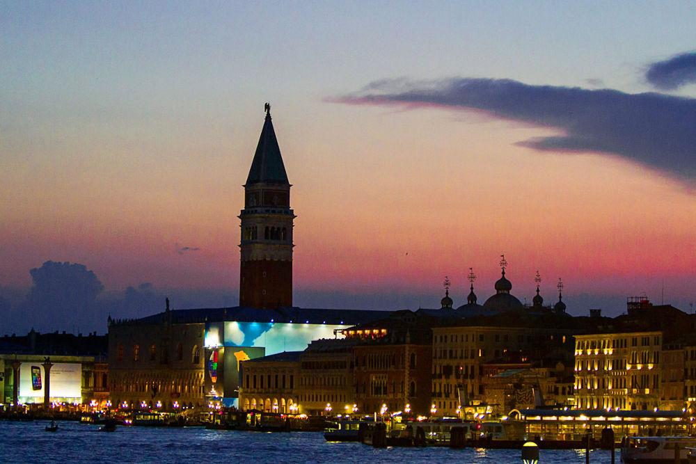St Marco at Night by berndwilleke