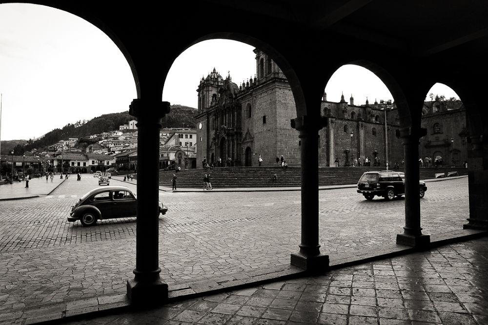Plaza Armas Cusco by dragunskis