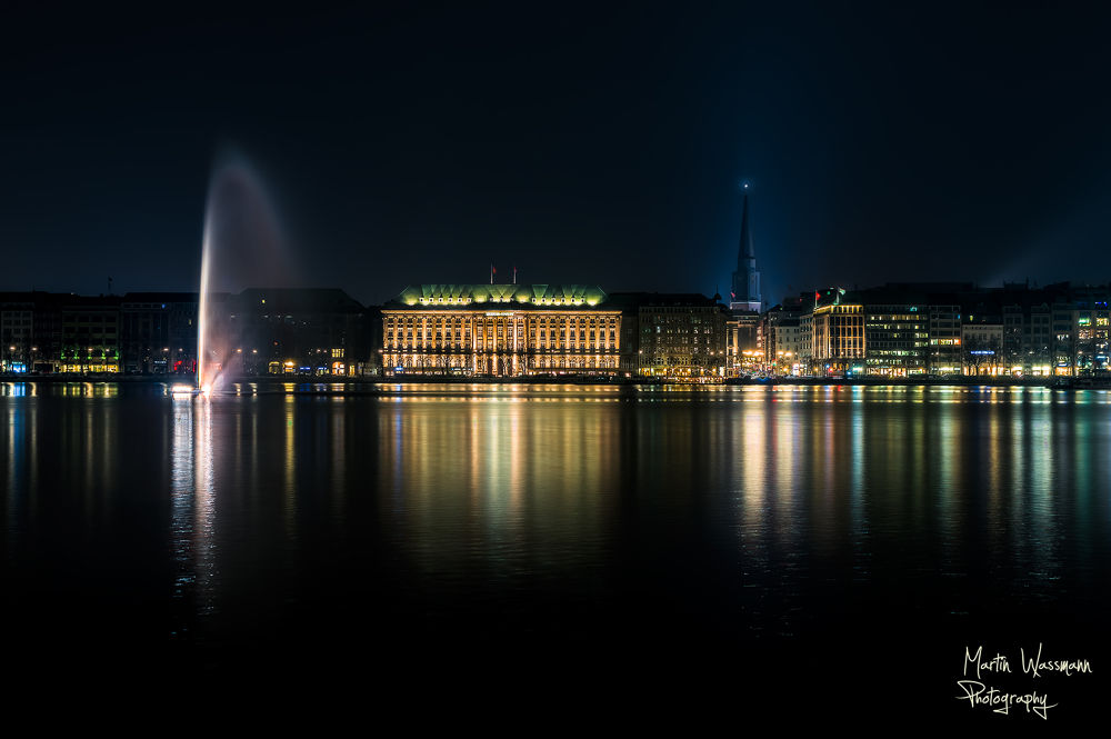 Hamburg - Alster by MartinWassmannPhotography