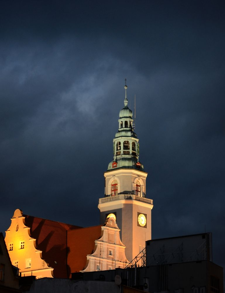 Photo in Architecture #tower #architecture #city-hall #clouds #night photography #street photography #building #poland #olsztyn #nikon