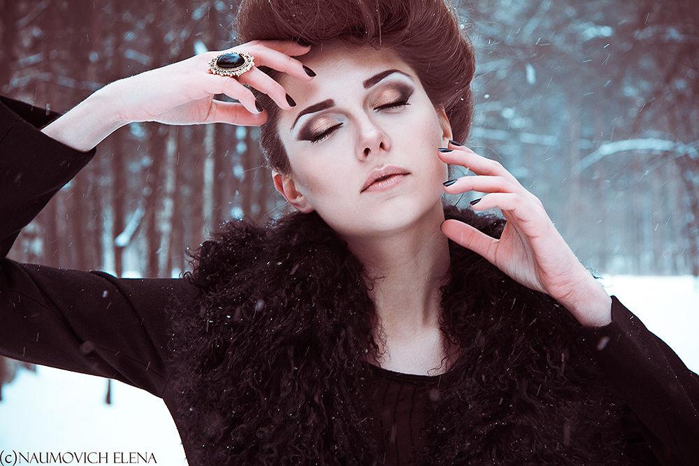 Karina Kaufman by naumovichphoto
