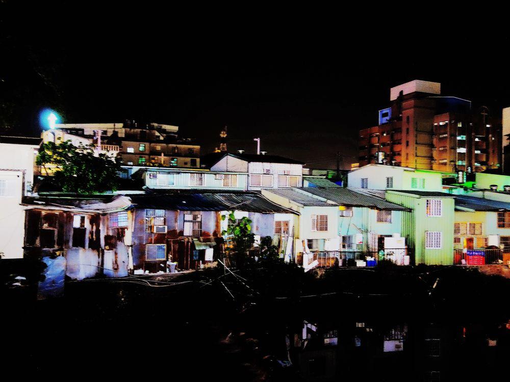 城市夜色 by chienchiahuang