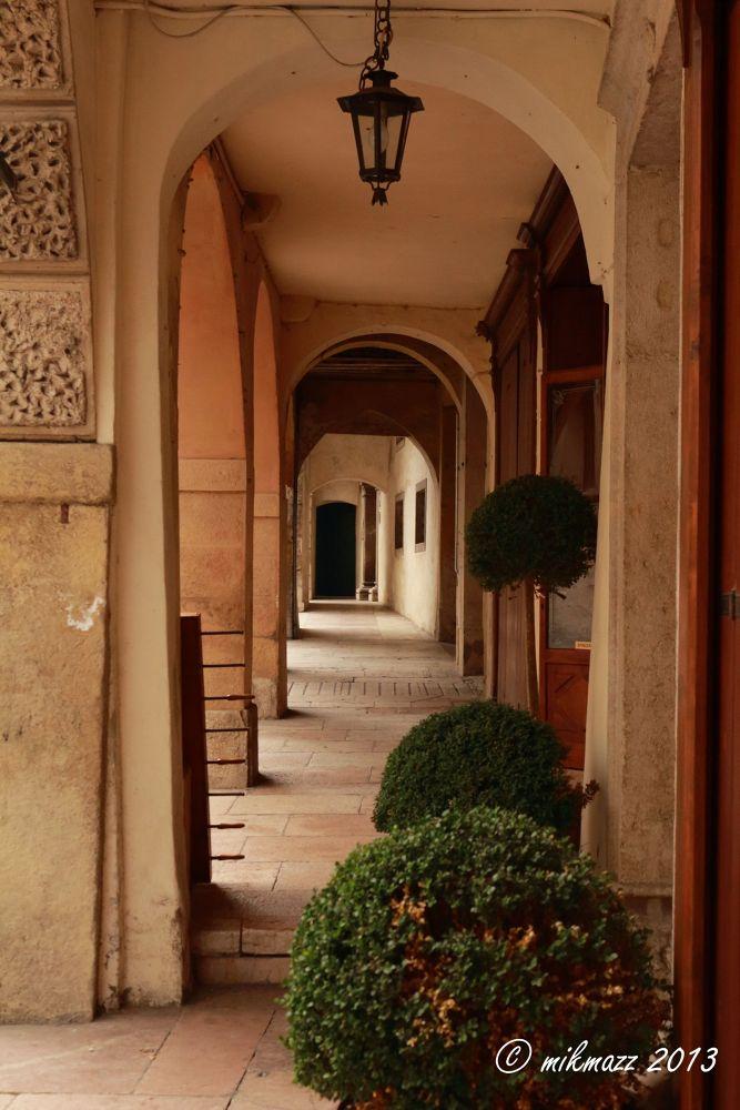 Portici ad Asolo by mikmazz