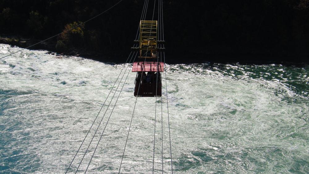 Crossing The Niagara Falls Whirl Pool  by simonp