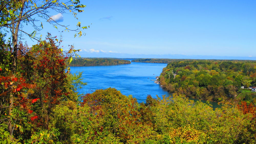Niagara River by simonp