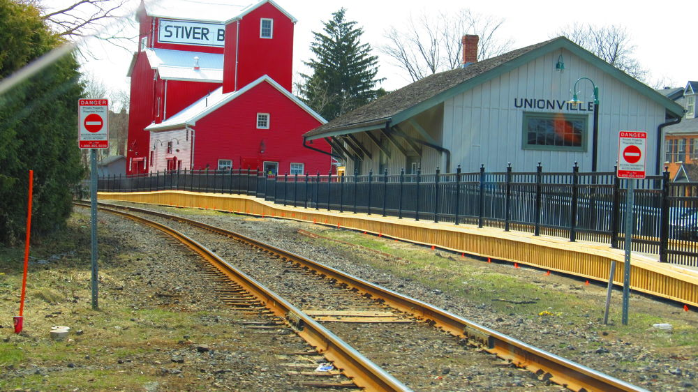 Train Station in Unionville by simonp