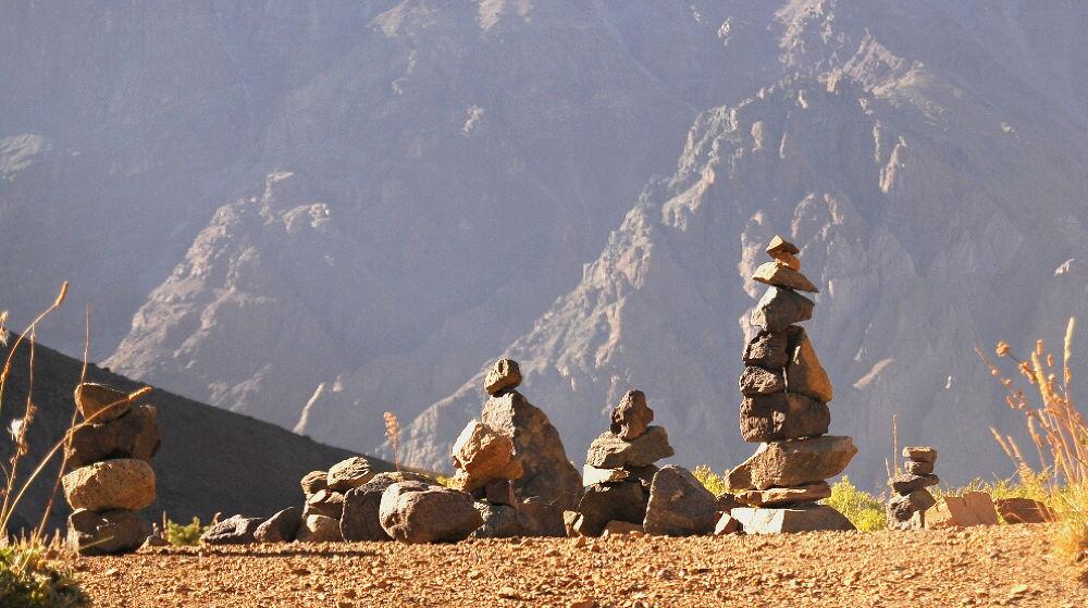 stone guards.jpg by cuartoclaro