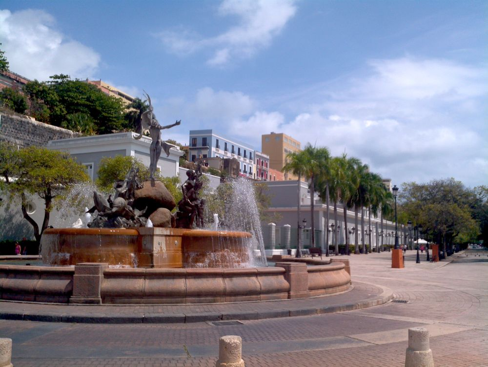 Paseo de la princesa ,Viejo San Juan P.R by ilian