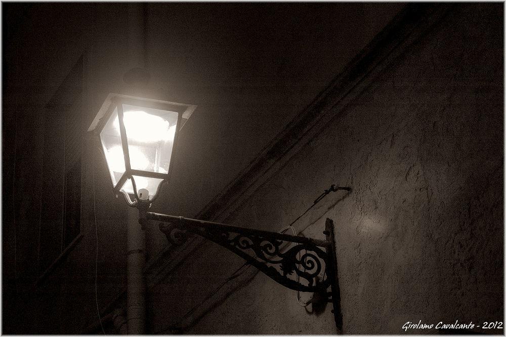 lampione f by GiroPhoto - Girolamo Cavalcante