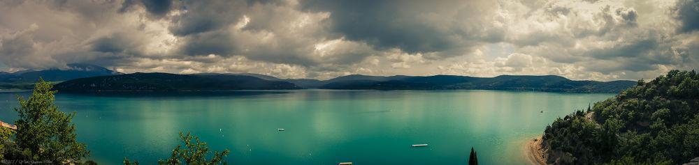 Lac Sainte Croix by TheGueux