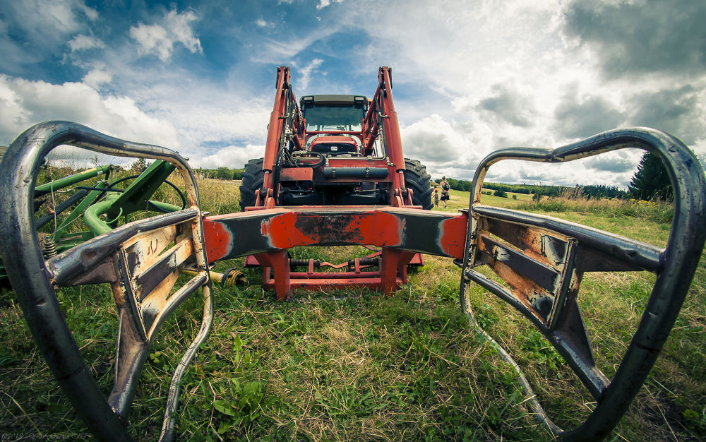 The Tractor of the Death ^^ by TheGueux